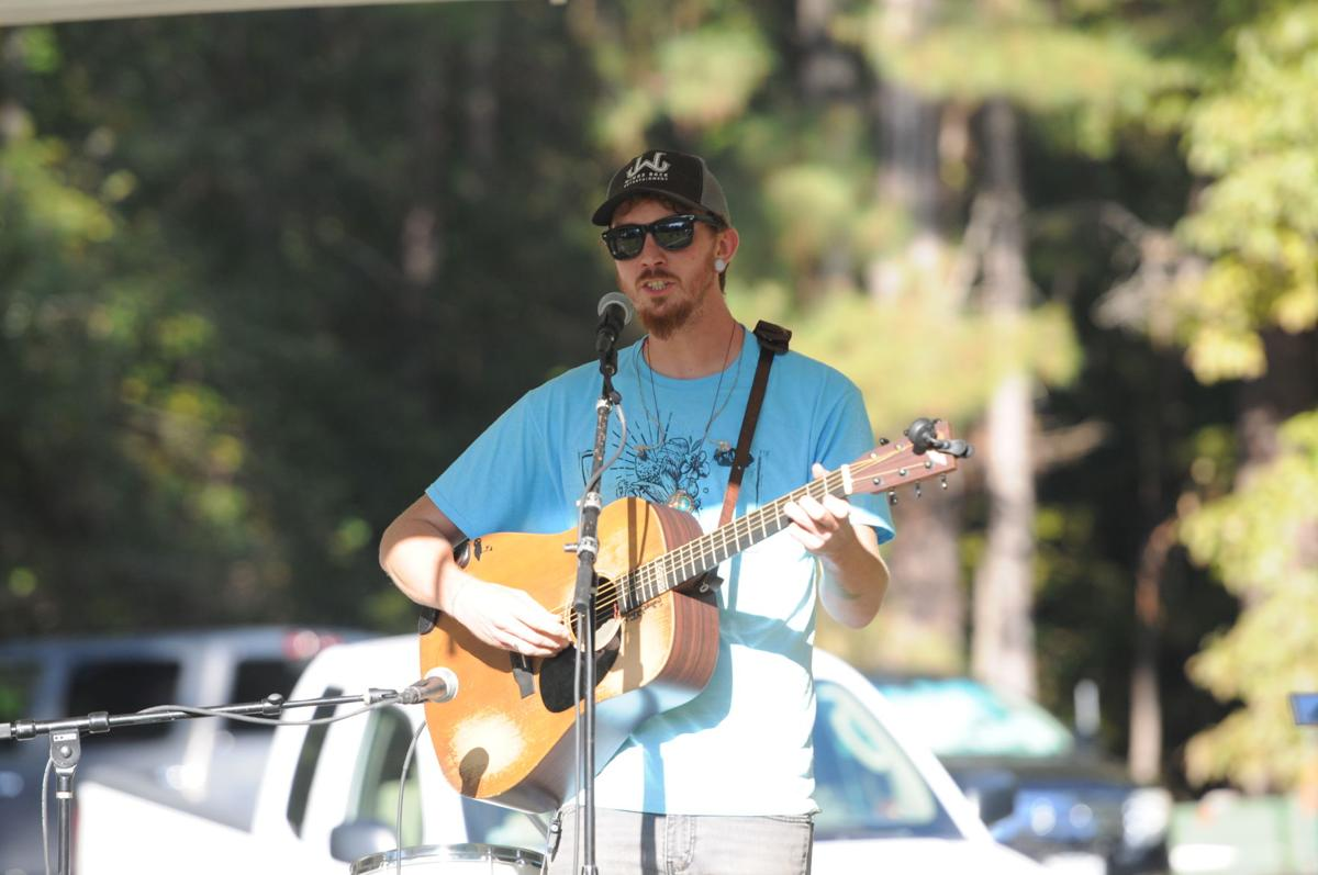 Joshua Jarman for an Edisto Blackwater Boogie crowd. By Roger Lee
